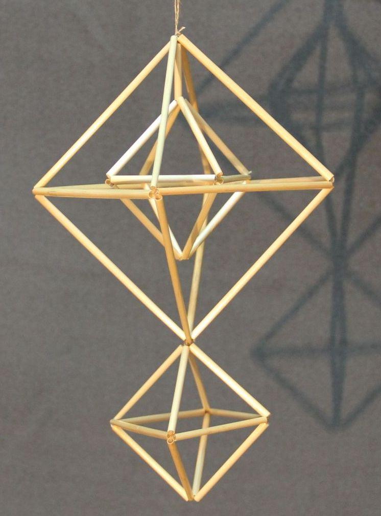 正八面体を組み合わせて作られたヒンメリの作例